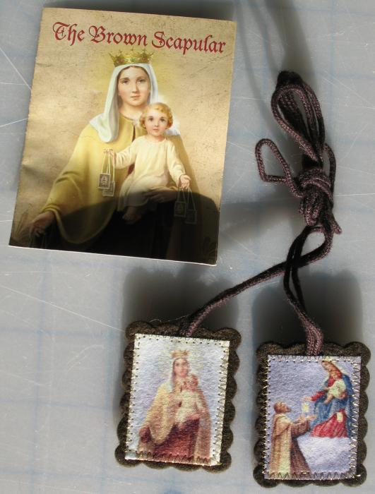 Large Brown Scapular with Pamphlet