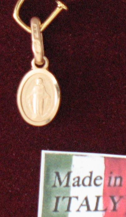 10k Gold Miraculous Medal Oval - Latin Text - 8 mm