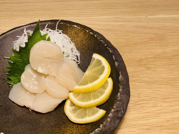 Scallop Sashimi (3pc)