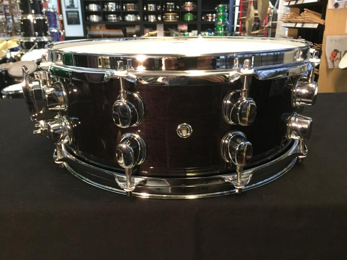 Black Panther 14x5.5 Maple/Walnut in Black Stain