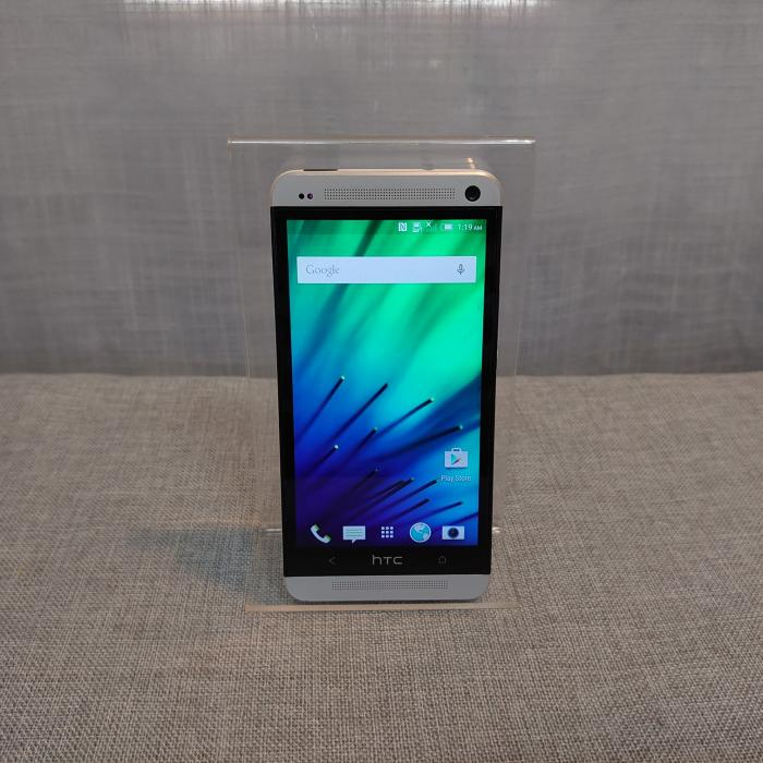 HTC One M7 Bell